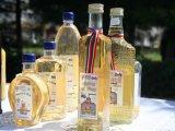Targul cu bunti palinca de zalu si oule incondeiate vin in weekend la Campina